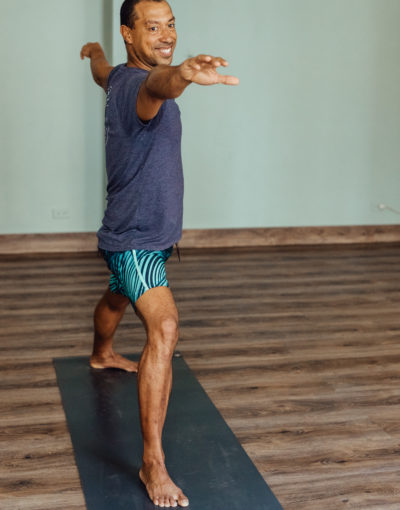 Edwin Davis, Casco Yoga Panama, Yoga Studio. Casco Viejo. Panama City, Panama. Yoga Panama. hot yoga panama. Vinyasa yoga panama. clases de yoga en panama. Yin yoga Panama, restorative yoga panama, pilates panama, meditation Panama, Casco Antiguo Panama. boutique yoga studio